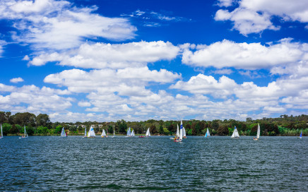 Sailing on Lake Ginninderra